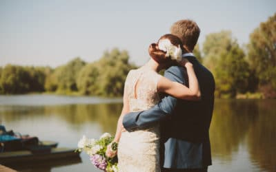5 Ideas for a Memorable Lakeside Wedding